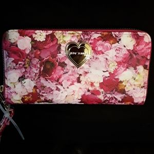 Betsey Johnson floral wallet NWT